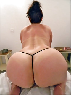 Big Ass Thongs Pics